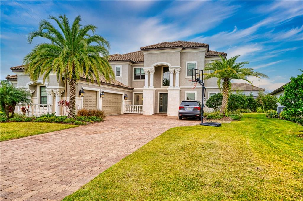 14806 DONALD ROSS CT Property Photo - TAMPA, FL real estate listing