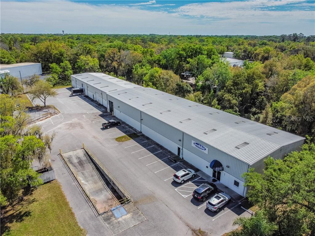2401 AIRPORT ROAD Property Photo - PLANT CITY, FL real estate listing