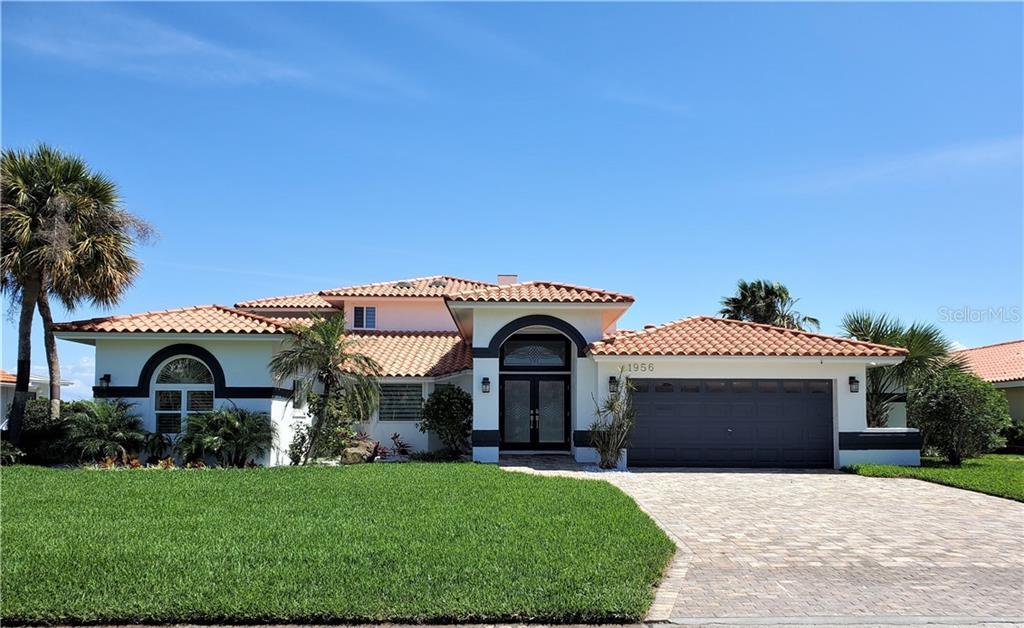 1956 CAROLINA AVE NE Property Photo - ST PETERSBURG, FL real estate listing