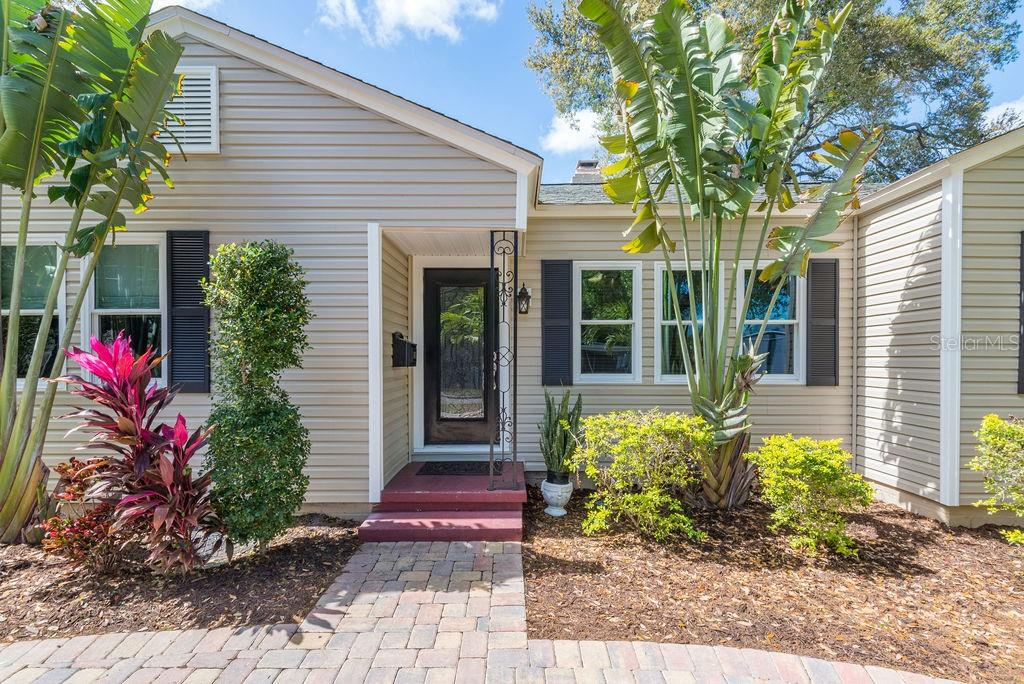 105 S LINCOLN AVE Property Photo - TAMPA, FL real estate listing