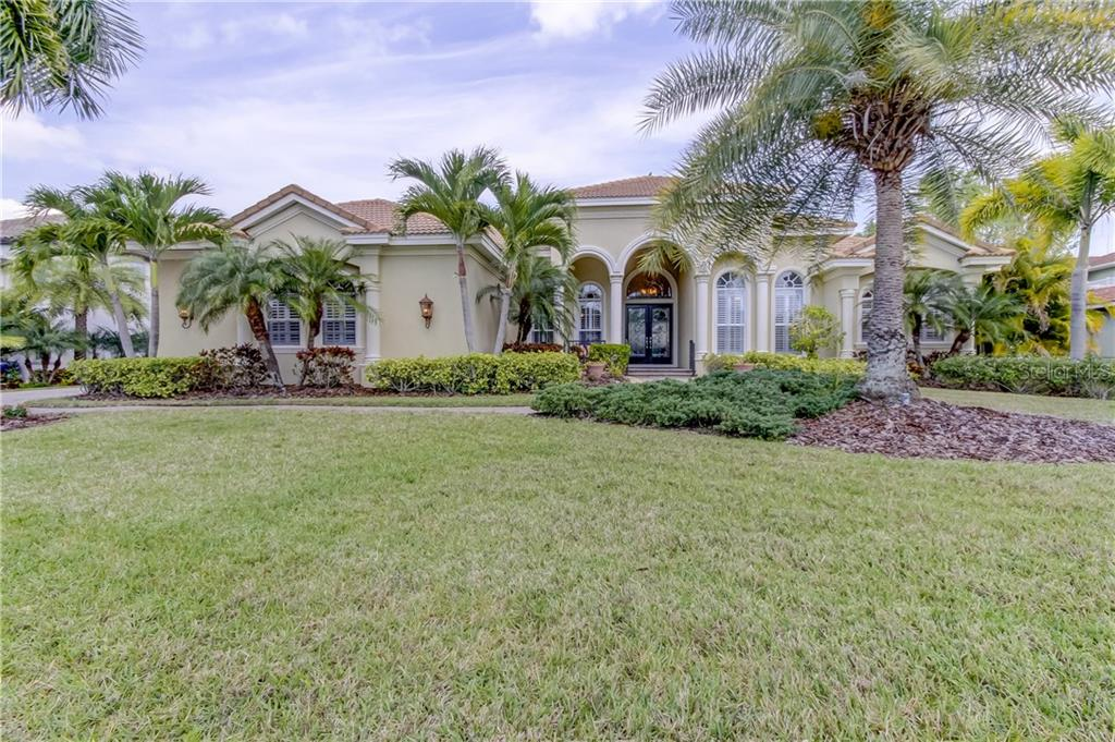 325 COCO PLUM COURT Property Photo - OLDSMAR, FL real estate listing