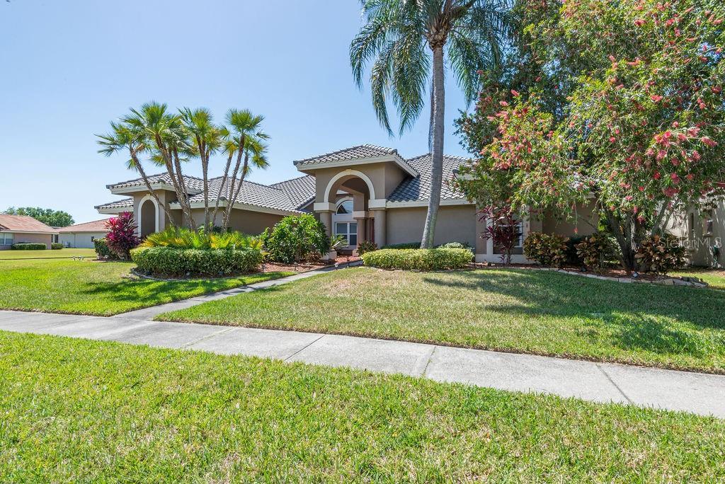 5105 E LONGBOAT BOULEVARD Property Photo - TAMPA, FL real estate listing