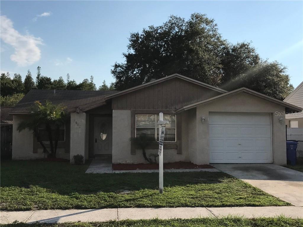 2910 BURR OAK DRIVE Property Photo - TAMPA, FL real estate listing