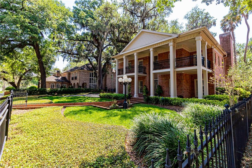 4304 W AZEELE ST W Property Photo - TAMPA, FL real estate listing