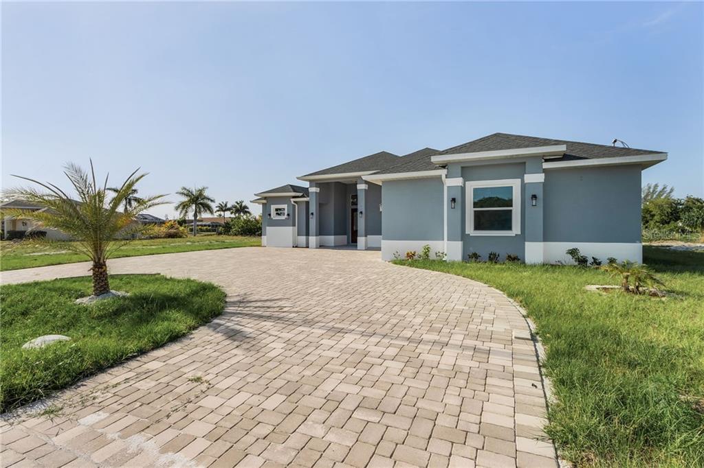 442 NICHOLAS PARKWAY E Property Photo - CAPE CORAL, FL real estate listing