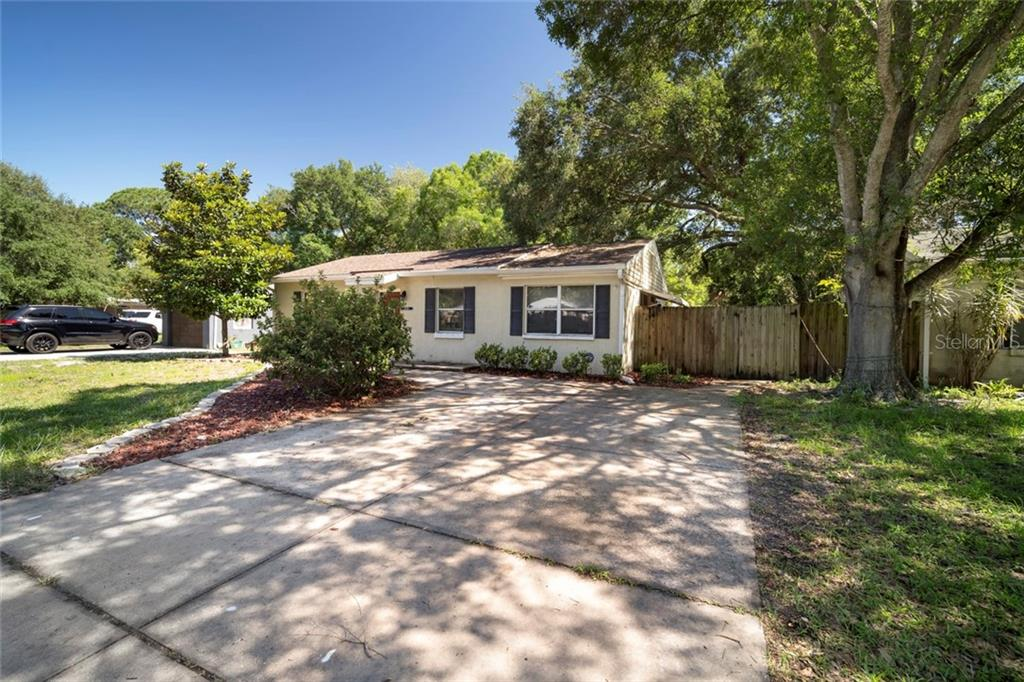 4718 W WALLCRAFT AVENUE Property Photo - TAMPA, FL real estate listing
