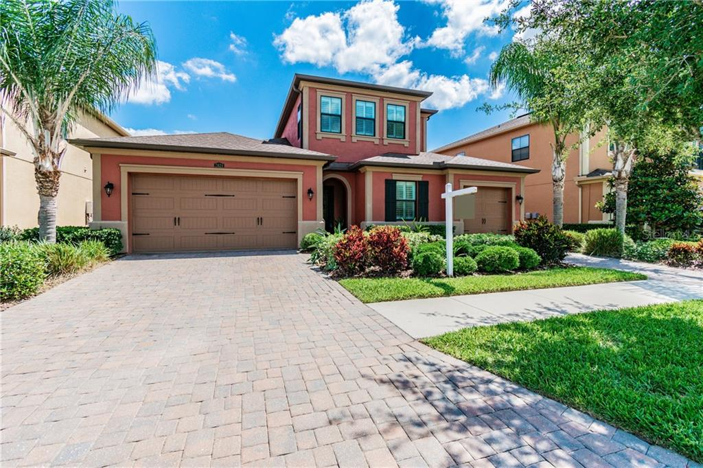 2624 MILFORD BERRY LN Property Photo - TAMPA, FL real estate listing