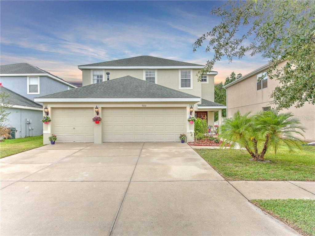 9211 OAK PRIDE CT Property Photo - TAMPA, FL real estate listing