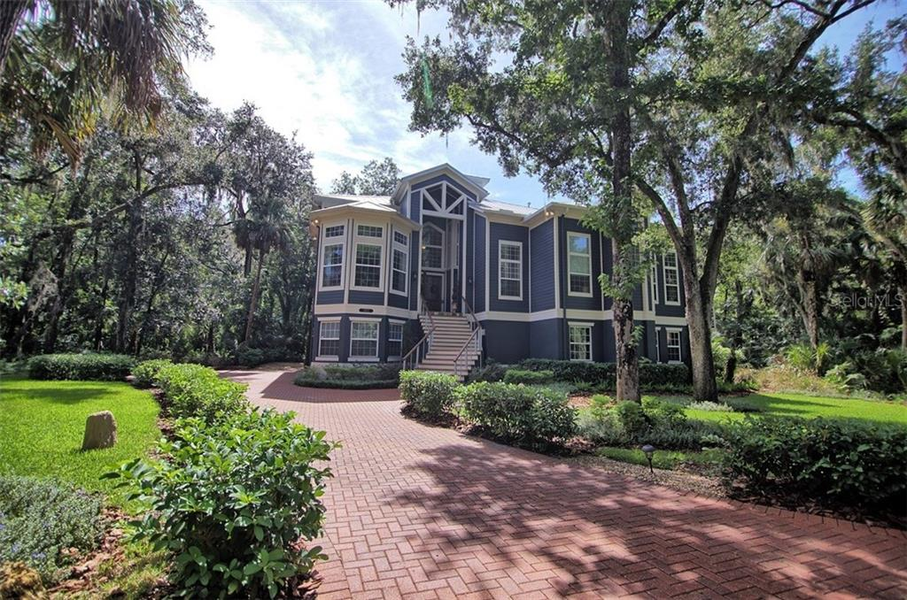 4812 RAMBLING RIVER ROAD Property Photo - BRANDON, FL real estate listing