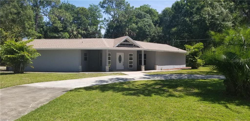 8215 SUNNY VALE PL Property Photo - TAMPA, FL real estate listing