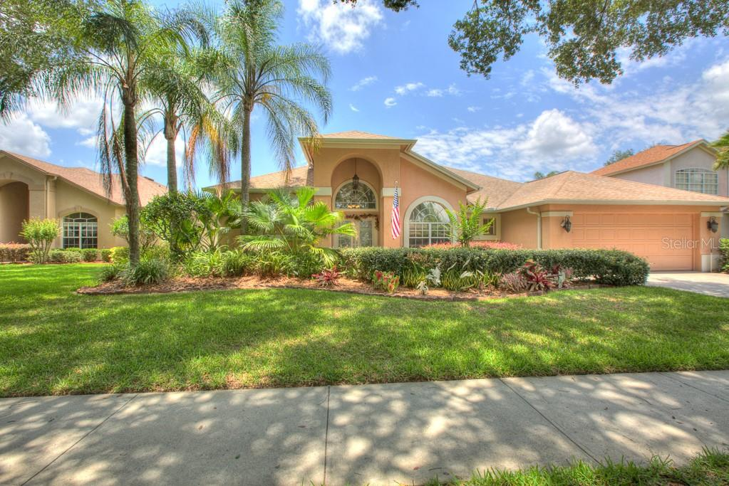 3523 SHADOWOOD DRIVE Property Photo - VALRICO, FL real estate listing