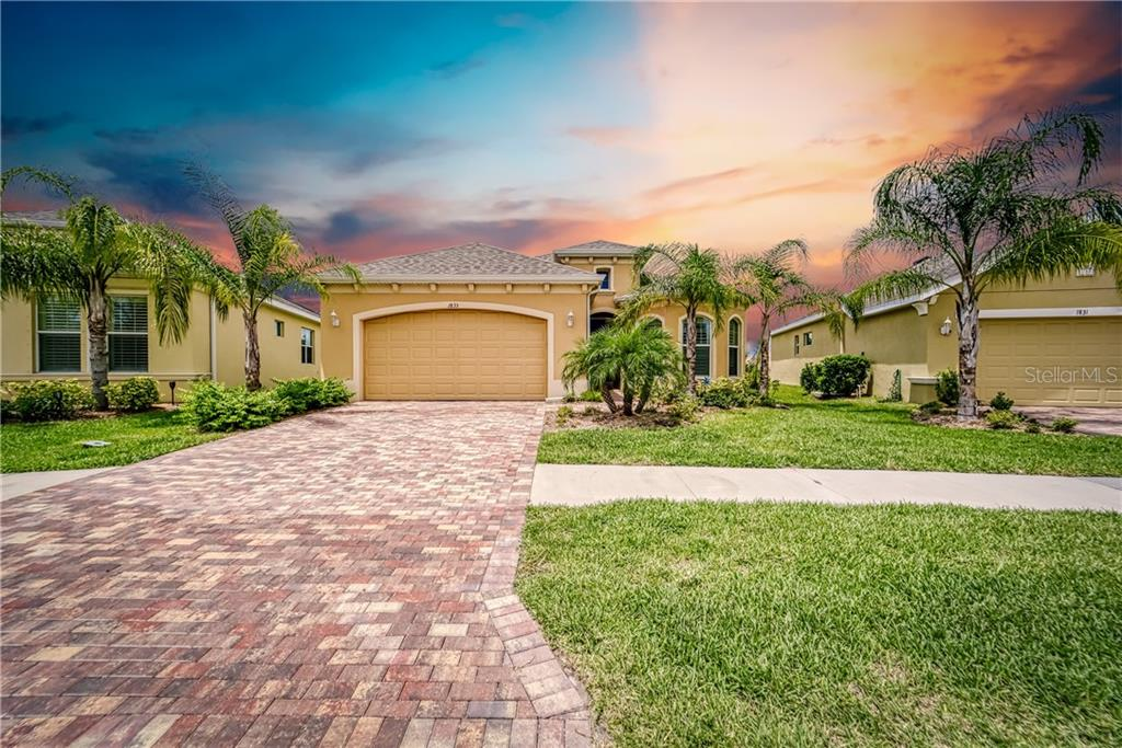 1833 PACIFIC DUNES DRIVE Property Photo - SUN CITY CENTER, FL real estate listing