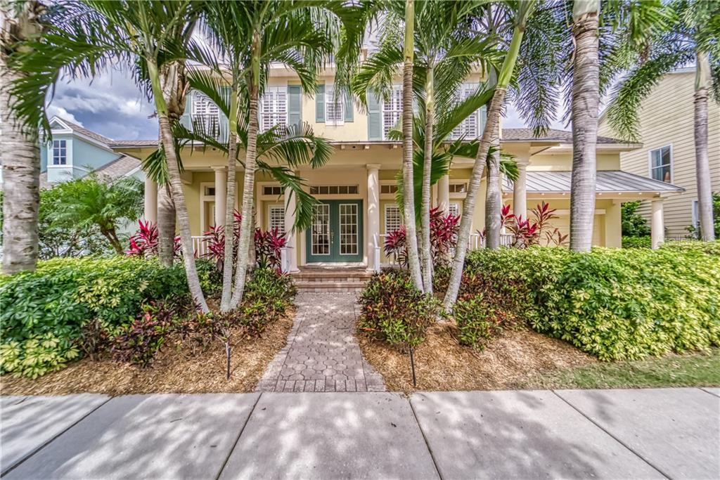 421 ISLEBAY DR Property Photo - APOLLO BEACH, FL real estate listing