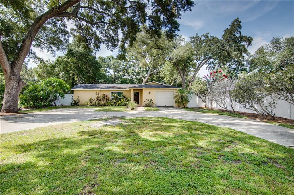 2824 W PAXTON AVENUE Property Photo - TAMPA, FL real estate listing