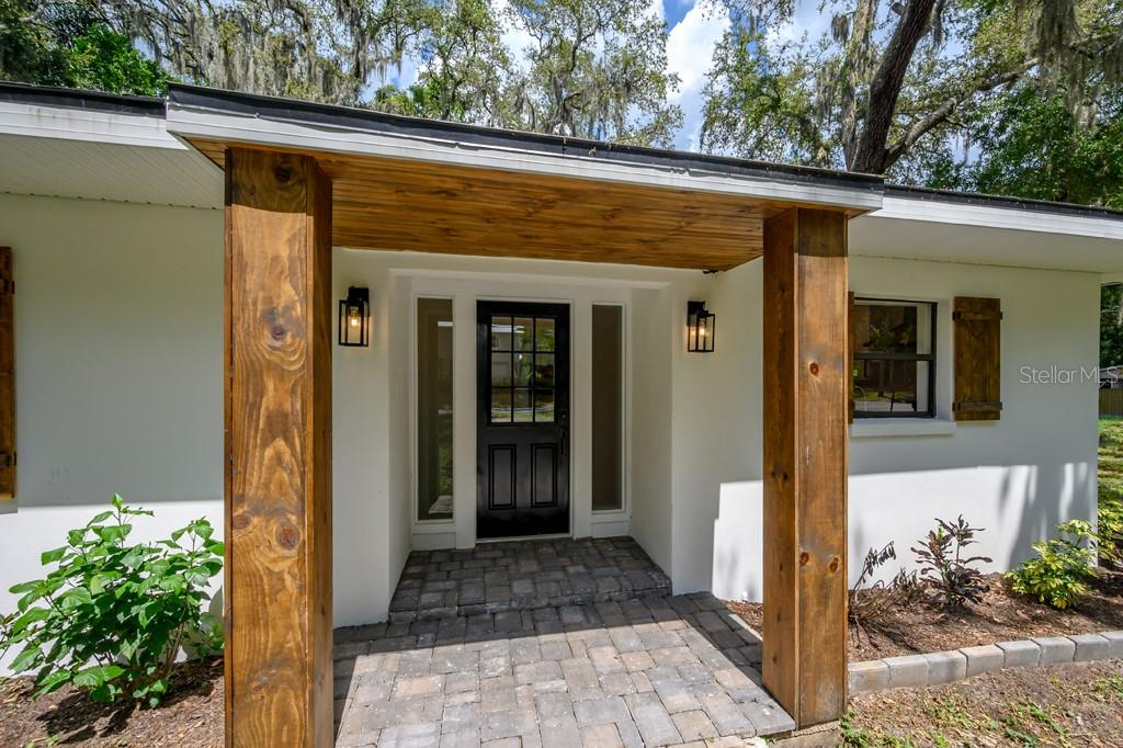 7001 N 15TH ST Property Photo - TAMPA, FL real estate listing