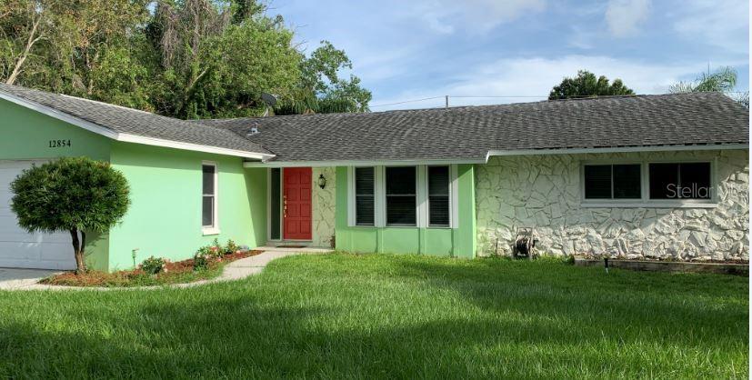 12854 LOIS AVENUE Property Photo - SEMINOLE, FL real estate listing