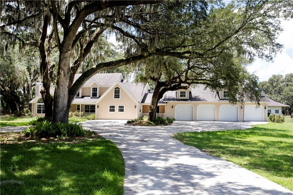 727 SWILLEY LOOP Property Photo - PLANT CITY, FL real estate listing