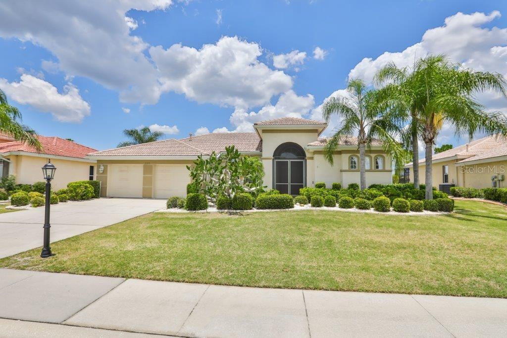 2214 MYRTLE VISTA CT Property Photo - SUN CITY CENTER, FL real estate listing