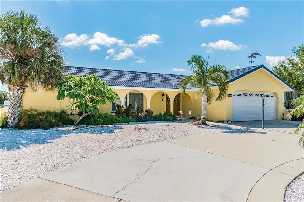 6525 BIMINI CT Property Photo - APOLLO BEACH, FL real estate listing