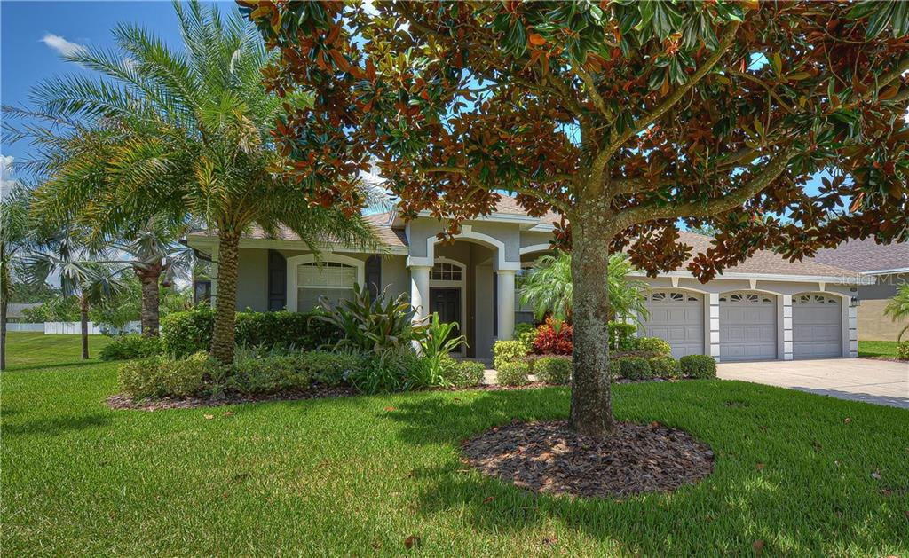 2704 PARK MEADOW DR Property Photo - VALRICO, FL real estate listing