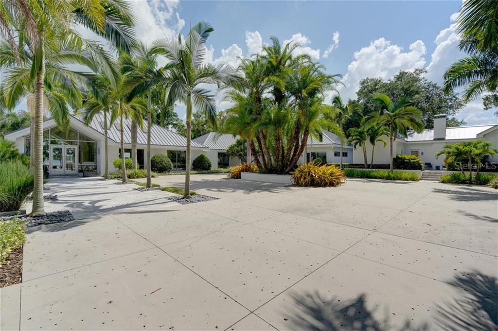 12101 LAKE CARROLL DRIVE Property Photo - TAMPA, FL real estate listing