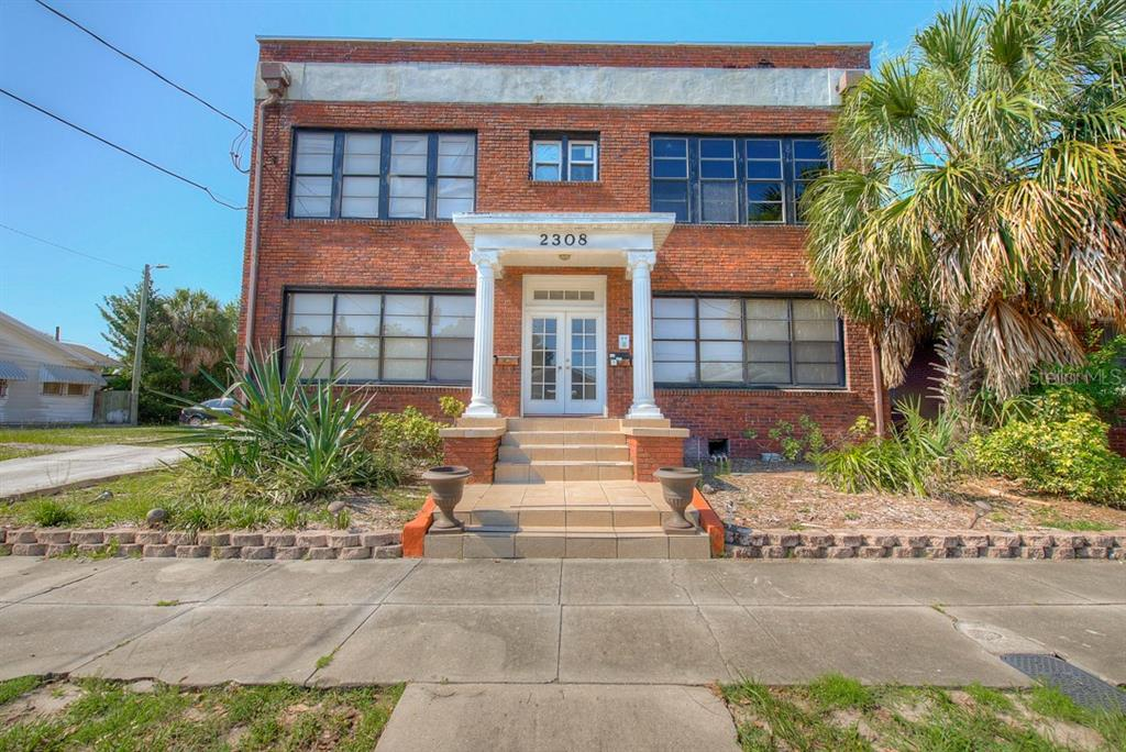 2308 W NORTH B ST Property Photo - TAMPA, FL real estate listing