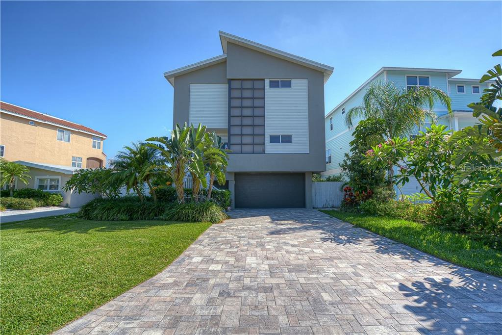 404 16TH AVE Property Photo - INDIAN ROCKS BEACH, FL real estate listing