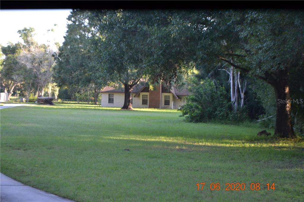 15314 INDIAN HEAD DR Property Photo - TAMPA, FL real estate listing