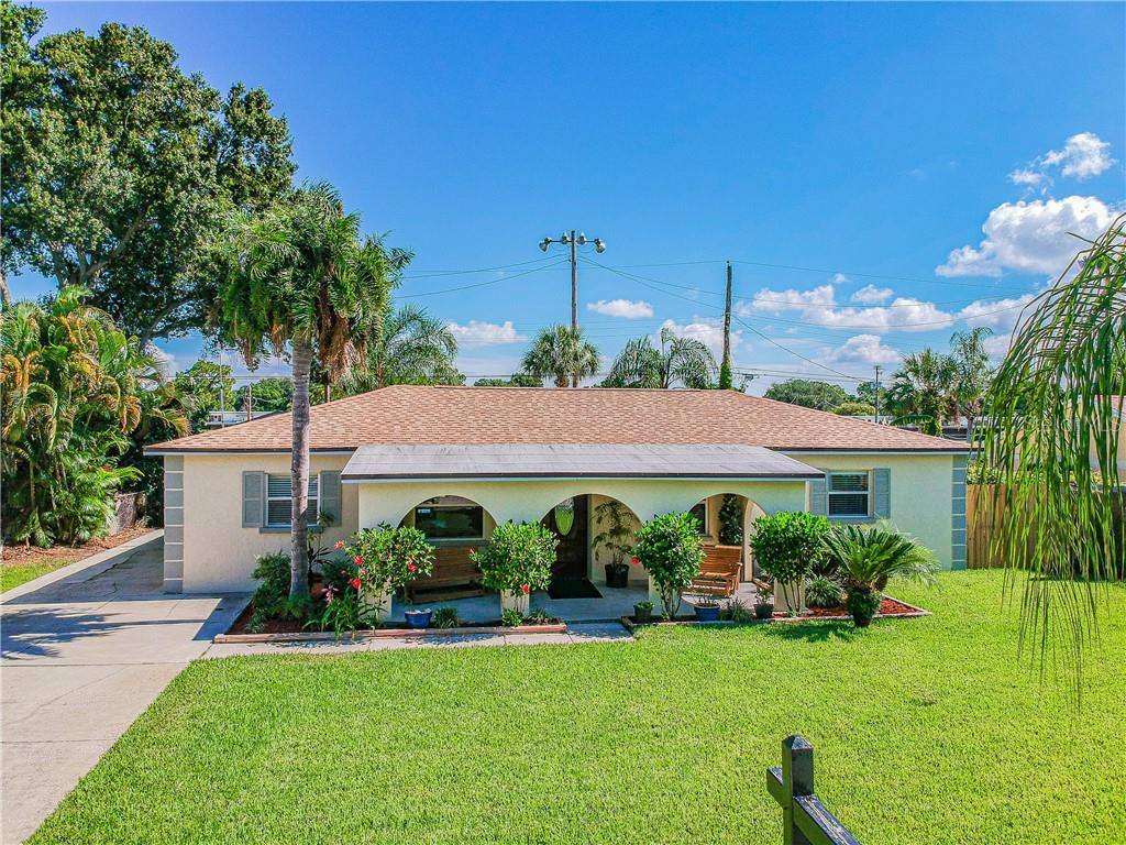 4219 W BAY VISTA AVE Property Photo - TAMPA, FL real estate listing