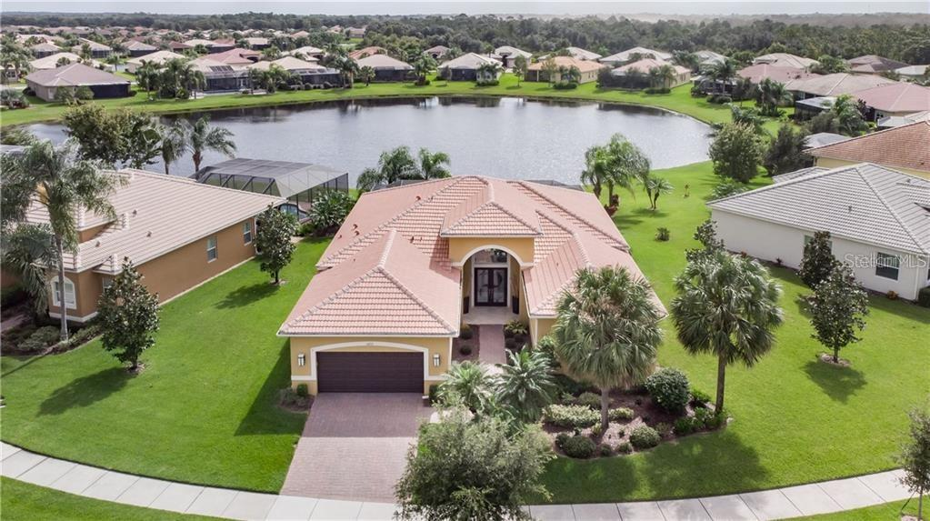 16212 DIAMOND BAY DR Property Photo - WIMAUMA, FL real estate listing