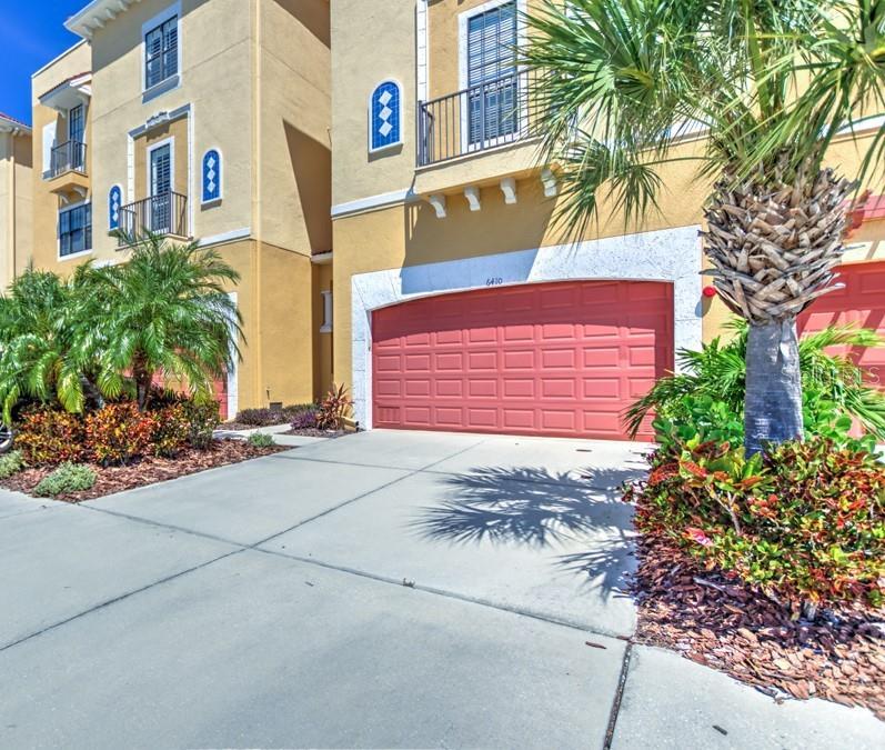 6410 MARGARITA SHORES LN Property Photo - APOLLO BEACH, FL real estate listing