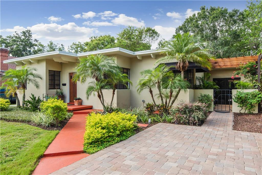 1215 E CLIFTON ST Property Photo - TAMPA, FL real estate listing
