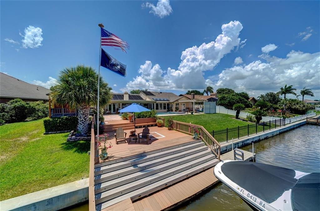 4147 SALTWATER BLVD Property Photo - TAMPA, FL real estate listing