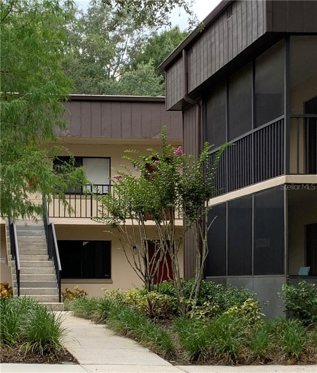 11718 RAINTREE VILLAGE BOULEVARD #D Property Photo - TEMPLE TERRACE, FL real estate listing