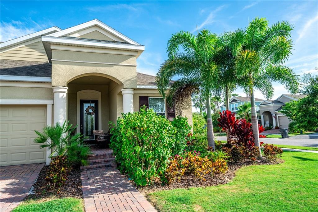 5230 ADMIRAL POINTE DR Property Photo - APOLLO BEACH, FL real estate listing