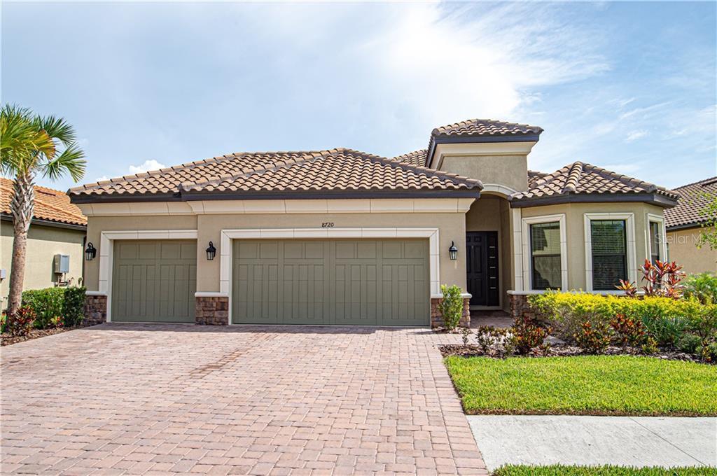 8720 SORANO VILLA DR Property Photo - TAMPA, FL real estate listing
