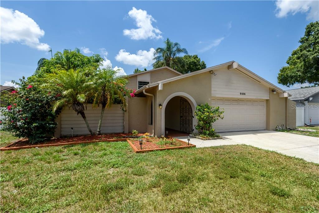 6406 HEATHER MOOR COURT Property Photo - TAMPA, FL real estate listing