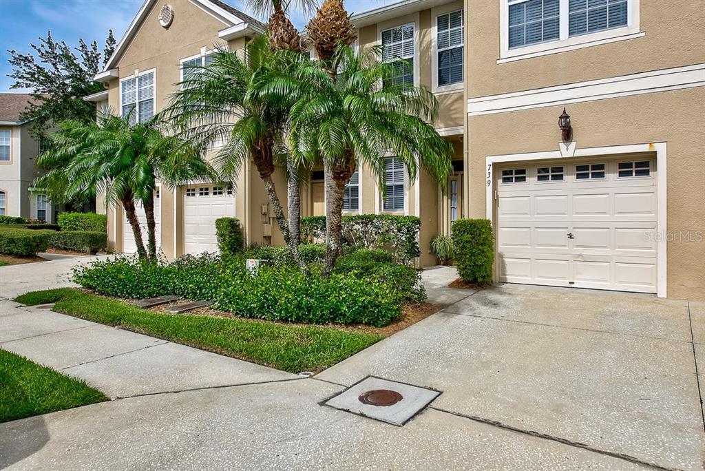 739 VALLANCE WAY NE Property Photo - ST PETERSBURG, FL real estate listing