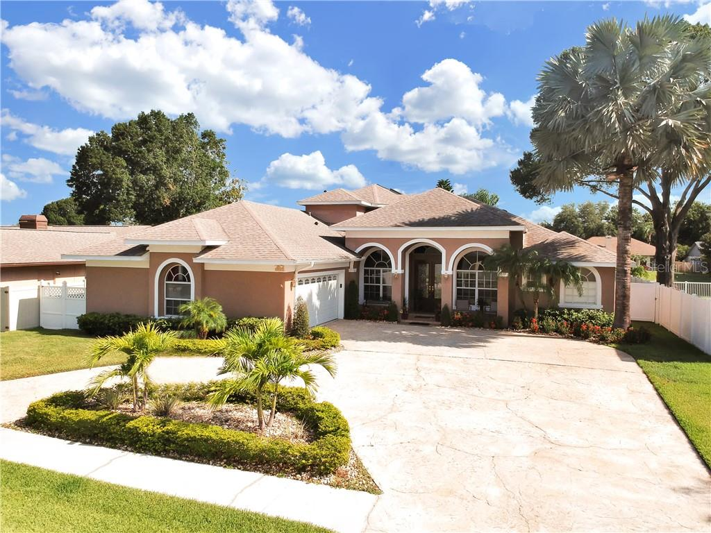 3219 PLEASANT LAKE DR Property Photo - TAMPA, FL real estate listing