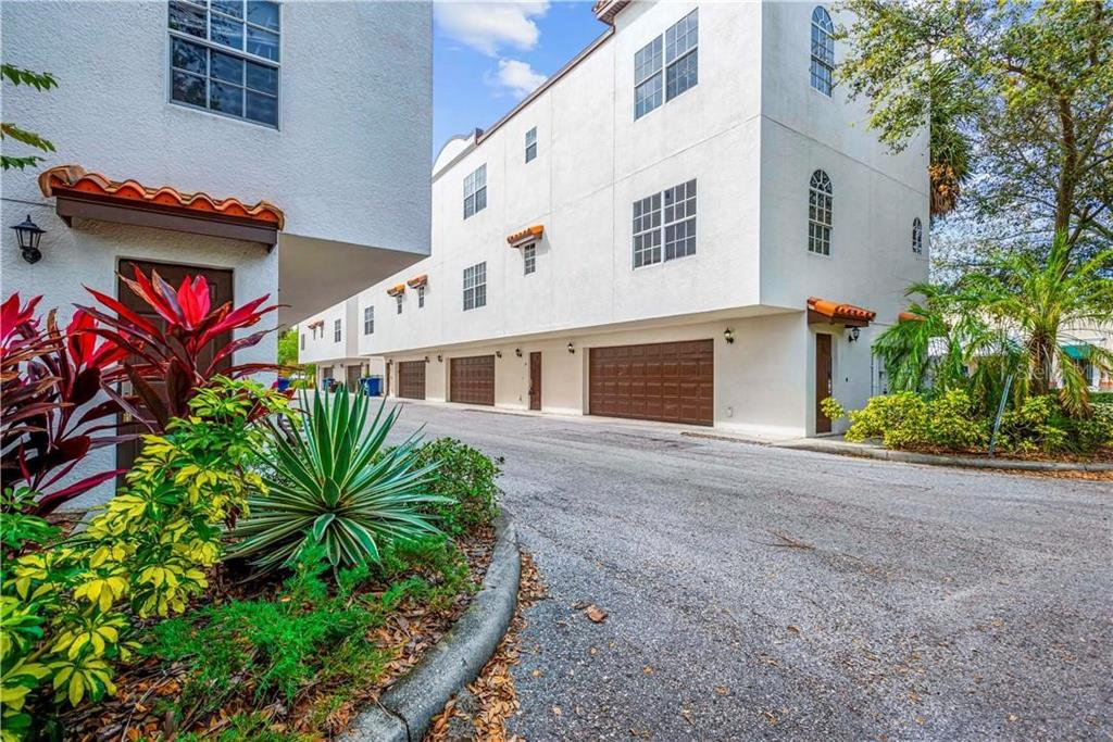 2315 W NORTH A ST #10 Property Photo - TAMPA, FL real estate listing