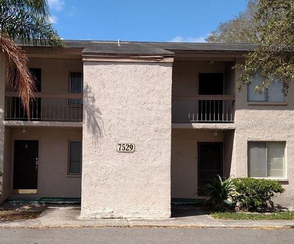 7529 PITCH PINE CIRCLE #194 Property Photo - TAMPA, FL real estate listing
