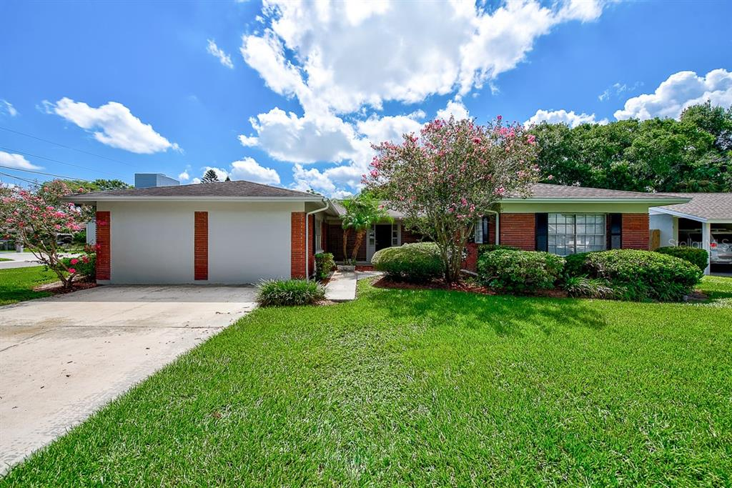 4913 BAY CREST DR Property Photo - TAMPA, FL real estate listing