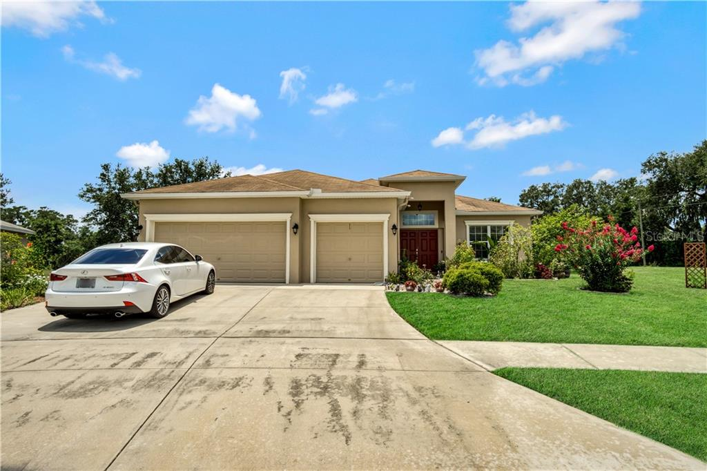 36130 SHADY BLUFF LOOP Property Photo - ZEPHYRHILLS, FL real estate listing