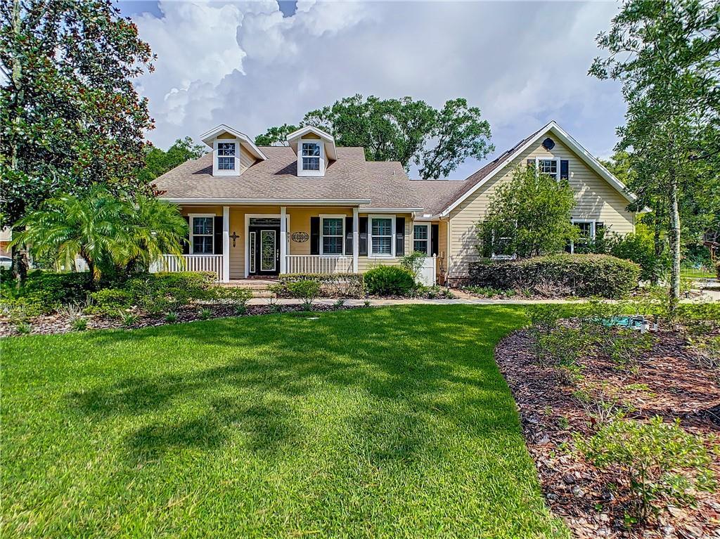 921 LAKE CHARLES CIR Property Photo - LUTZ, FL real estate listing
