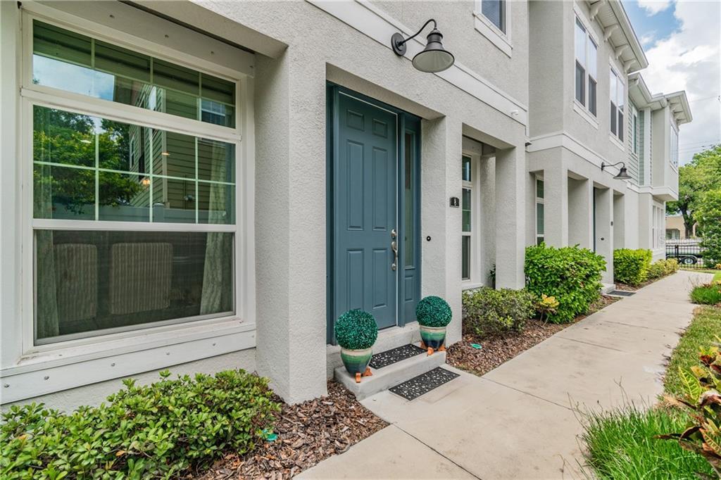 115 N ARRAWANA AVE #8 Property Photo - TAMPA, FL real estate listing
