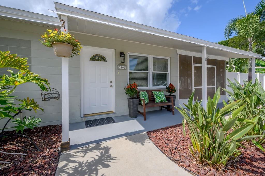 3202 W LEILA AVENUE Property Photo - TAMPA, FL real estate listing