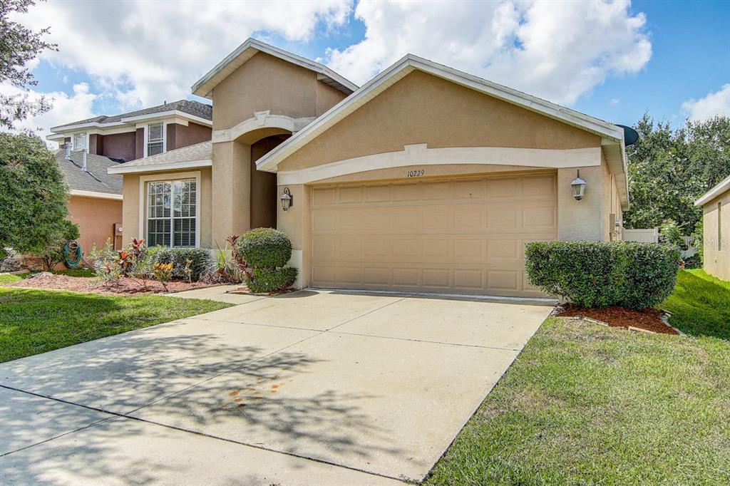 10229 AVELAR RIDGE DRIVE Property Photo - RIVERVIEW, FL real estate listing