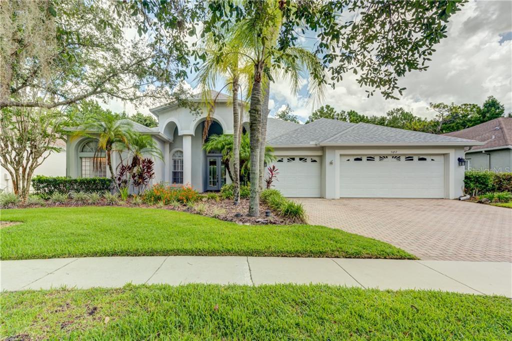 5052 DEVON PARK DRIVE Property Photo - TAMPA, FL real estate listing