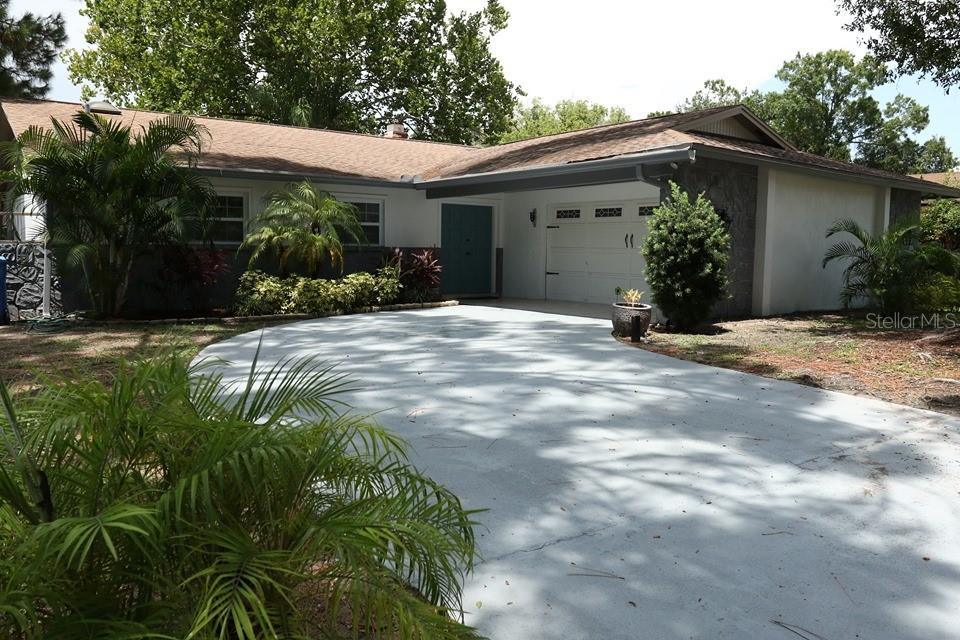 7515 MAYFAIR COURT Property Photo - TAMPA, FL real estate listing