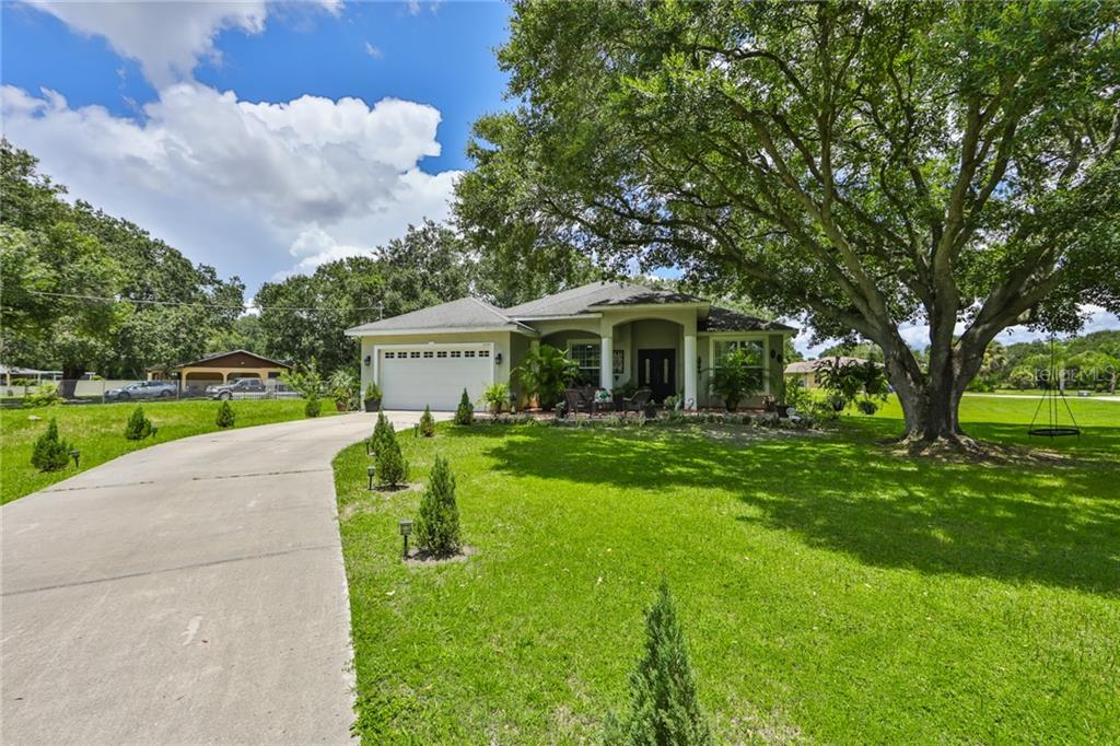 3304 MAYDELL DRIVE Property Photo - TAMPA, FL real estate listing